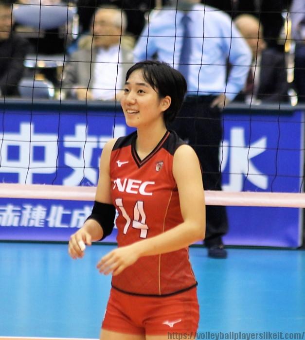 塚田しおり選手 (18)