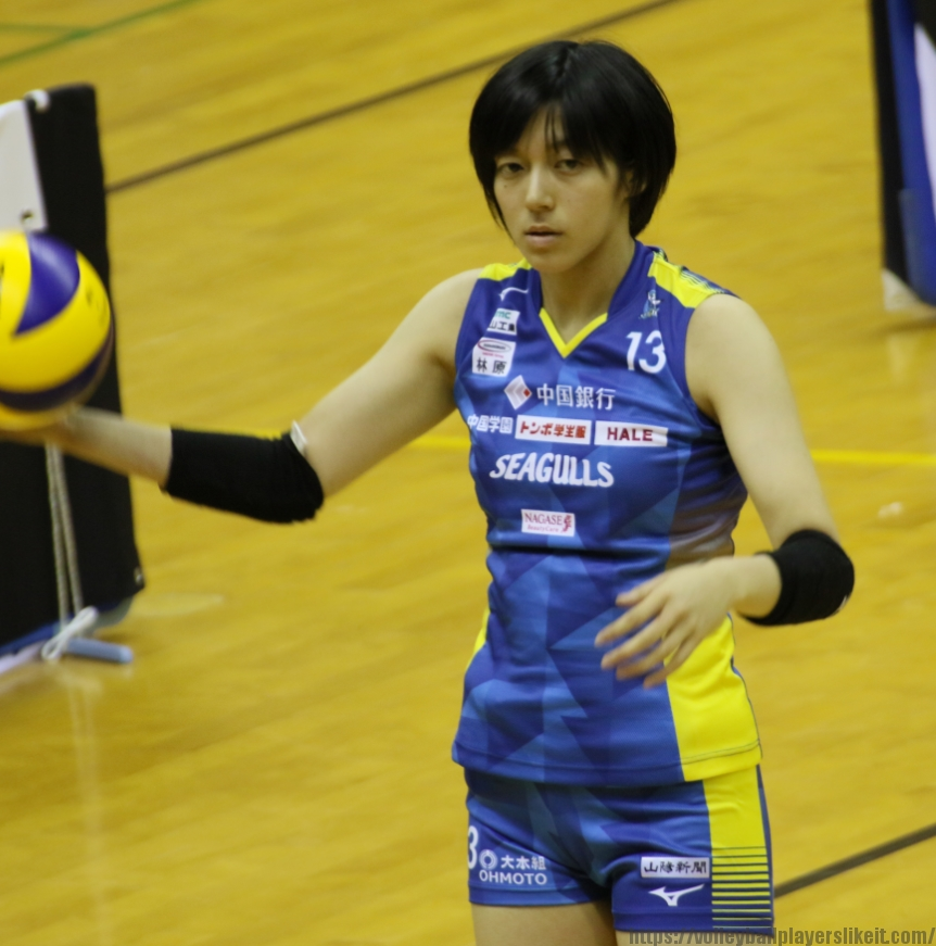 13番ライト磯部光里選手(Hikari Isobe) (2)